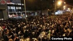近10萬市民10月25日晚在舉行大規模集會,要求電視發牌真相 (博訊圖片)