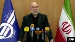 视频截图显示伊朗民航组织负责人阿贝扎德在德黑兰举行记者会。(2020年1月10日)