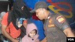 Sebagian imigran gelap yang tertangkap di Solo (29/10).