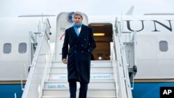 美国国务卿克里抵达瑞士苏黎世(2016年1月20日)。