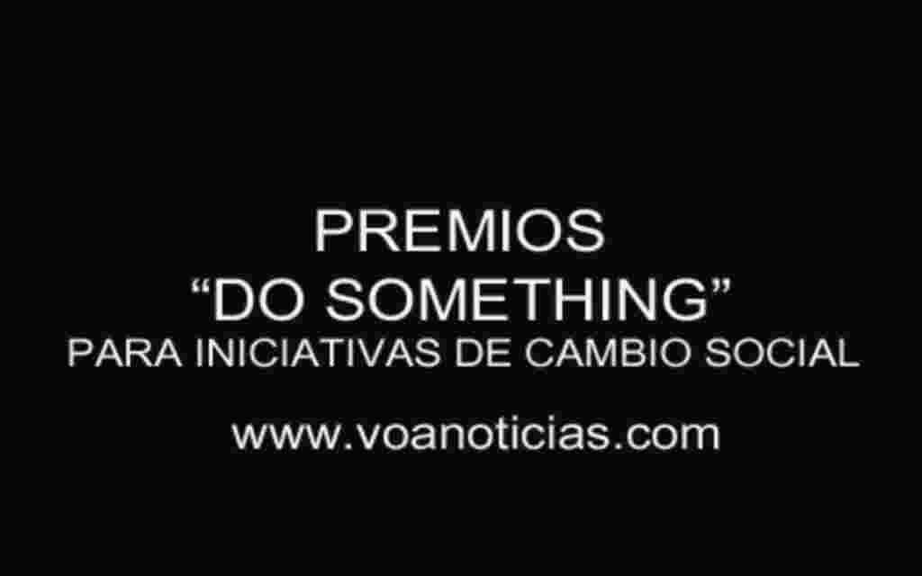 """Entregan los premios """"Do Something"""" en LA"""