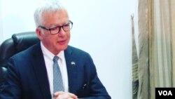 Dean Pittman, Embaixador Estados Unidos em Moçambique