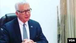 Dean Pittman, Embaixador dos Estados Unidos em Moçambique