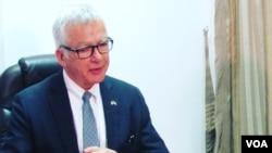 Dean Pittman, embaixador americano em Moçambique
