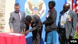 Ambassador Bruce Wharton with some of the beneficiaries. (Photo: Mavis Gama)