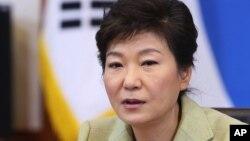 박근혜 한국 대통령이 지난 10일 국무회의에서 발언하고 있다. (자료사진)