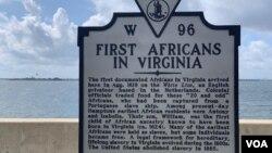 400年前維吉尼亞首次奴隸販運週年日人們呼籲促進經濟平等和社會團結