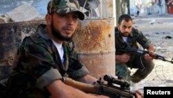 反政府武装人员在古赛尔镇