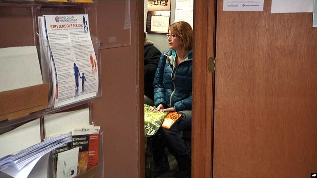 Us unemployment drops to 5 year low for Woodridge food pantry il