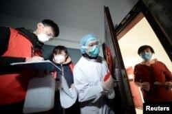 Expertos han mencionado que China podría estar reteniendo información acerca del impacto del coronavirus.