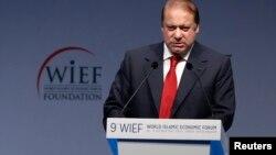 2013年10月29日巴基斯坦总理谢里夫在世界伊斯兰经济论坛