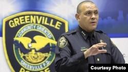 時任北卡州格林威爾警察局局長的哈桑阿登(北卡格林威爾警察局圖片)