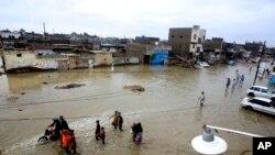 کراچی میں رواں سال زیادہ بارشوں کے باعث شہریوں کو شدید مشکلات کا سامنا رہا۔