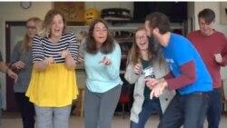 [구석구석 미국 이야기 오디오] 웃음으로 치유하는 '웃음요가'...시각장애인들을 위한 3D작품