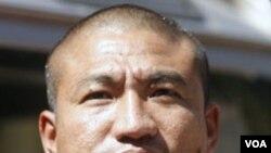 Biksu Ashin Gambira dibebaskan kembali setelah ditahan bebera jam oleh pihak berwenang Burma hari Jumat (10/2).