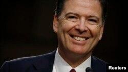ရာထူးက ဖယ္ရွားခံခဲ့ရတ့ဲ့ FBI ညႊန္ၾကားေရးမႈးေဟာင္း James Comey