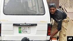 حمله بر مسجد احمدیه ها در لاهور