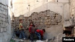 叙利亚阿勒颇的儿童。