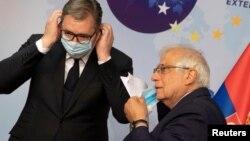 Predsednik Srbije Aleksandar Vučić i visoki predstavnik EU za spoljnu politiku i bezbednost Žozep Borelj (Foto: Reuters/Virgina Mayo-Pool)