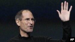사임을 발표한 애플 최고경영자 스티브 잡스 (자료사진)