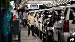 Las exportaciones estadounidenses mejoraron significativamente en el sector de automóviles, equipamiento industrial y bienes de capital.