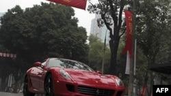 Số xe hơi hạng sang bán ra ở Việt Nam tiếp tục gia tăng