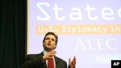 罗斯谈新媒体与美国外交