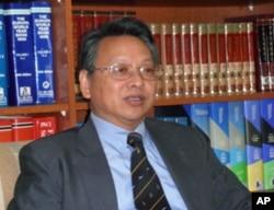 台湾外交部北美司司长 令狐荣达