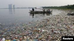 Plásticos impedem alimentação do lençol freático