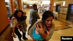 Des civils fuyant le Westgate Mall