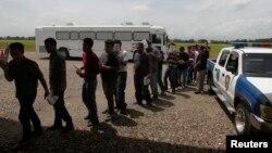 En 15 de los 21 países de la región se detiene sistemáticamente a migrantes.