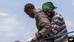 Desembarque de imigrantes em Lampedusa