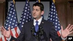 Ketua DPR AS Paul Ryan memberikan keterangan kepada media di gedung Capitol, Washington DC, Selasa (12/4).