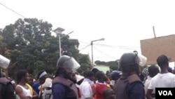 Manifestação em Bissau, na sequência da instabilidade política. Foto enviada via WhatsApp por Amadu Buaro, Nov 2016