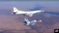 روسی ٹی یو 160 بمبار طیارے