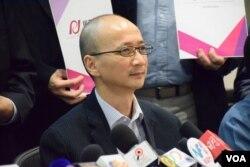 「民主思路」聯席召集人陳祖為表示,智庫內部已經開始討論有關一國兩制具爭議的問題。(美國之音湯惠芸攝)