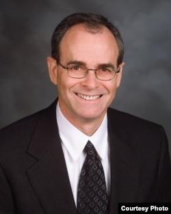 安卓律师事务所 律师托马斯•克莱恩