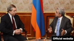 FILE - Meeting between Armenian President Serzhe Sargsyan and OSCE Co-Chair James Warlick, September 11, 2013