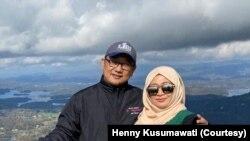 Henny Kusumawati dan Teguh Yulianto, warga Indonesia yang tinggal di Atlanta, Georgia. (Foto: pribadi)
