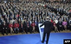 Vladimir Putin prezident lavozimiga qaytishga shay