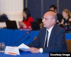William Dávila, diputado opositor de Venezuela, perseguido por el régimen declara ante expertos de la OEA.
