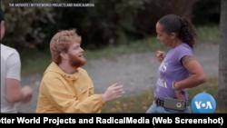 "Cuplikan film dokumenter ""The Antidote"" karya Kahane Cooperman dan John Hoffman. (Foto: screenshot/VOA/The Antidote / Better World Projects and RadicalMedia)"