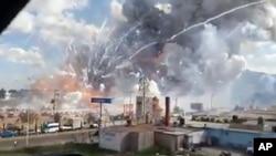 Ledakan di Pasar Kembang Api San Pablito, di Tultepec, Meksiko menewaskan sedikitnya 27 orang hari Selasa (20/12).