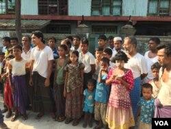 Cư dân Rohingya của khu phố Aung Minglar ở Sittwe, Myanmar. (Colin Lovett / VOA)