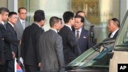 지난 13일 엿새 일정으로 중국을 방문한 장성택 북한 국방위 부위원장 일행.