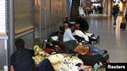 德國南部城市慕尼黑火車站出現難民