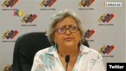Tibisay Lucena, la présidente de la CNE, annonçant la date de l'élection présidentielle à la télévision le 7 février 2018