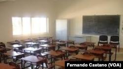 Escola vazia em Kwanza Sul