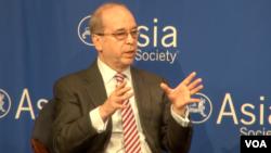 美国负责亚太事务的助理国务卿丹尼尔拉塞尔 (美国之音方冰拍摄)