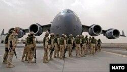 د ناټو قواوی په افغانستان کې د ٢٠١۴ راپدیخوا د قاطع ملاتړ د ماموریت په چوکاټ کې افغان قواو ته یواځې د روزنې او مشورو ورکو چارې پرمخ بیایي